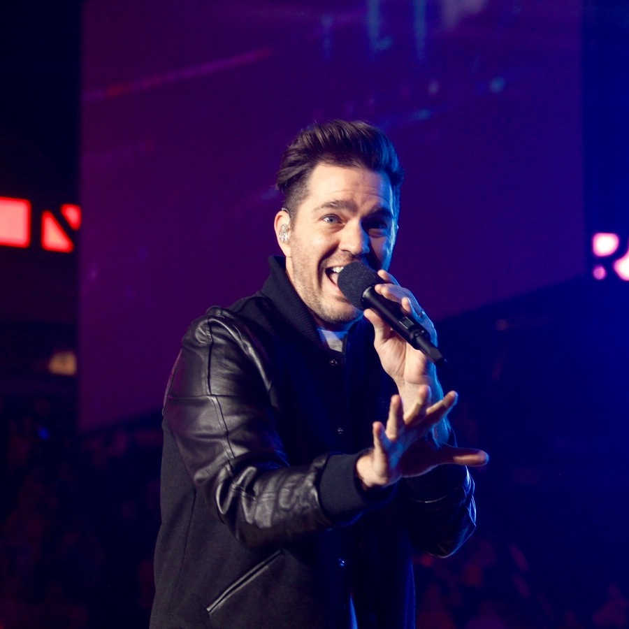 Andy Grammer Charms and Thrills THON with Surprise Set