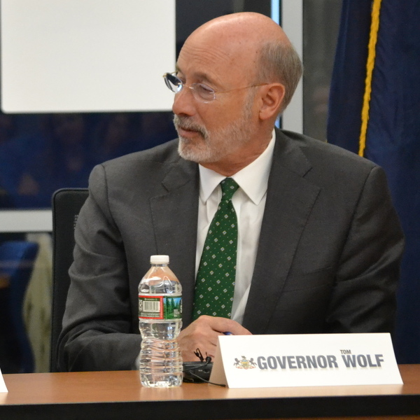 Gov. Wolf visits PVHS to discuss rural broadband crisis
