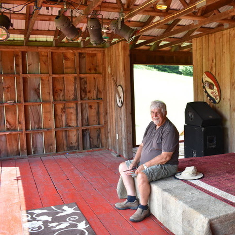 Wagon Wheel Amphitheater to Host Free, Open Stage Jam Sessions