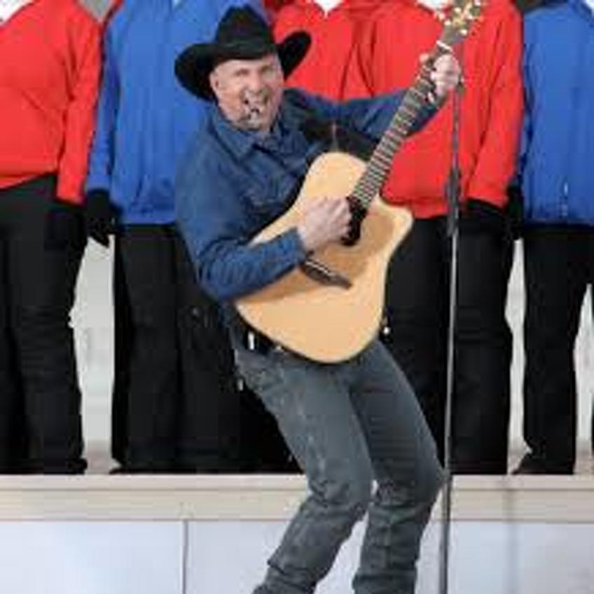 Tickets still available for Garth Brooks concert experience