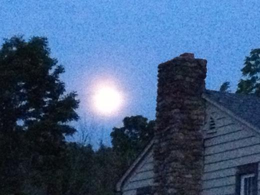 Tonight's Supermoon Closer to Earth Than It's Been All Year
