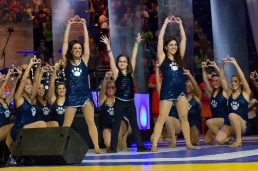 Penn State Lionettes Embrace A Special Dancer During THON