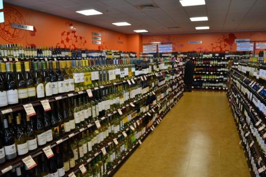 New liquor store opens in Bellefonte