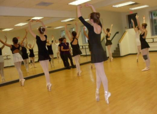 Ballet Group Closes Out May With Spring Gala