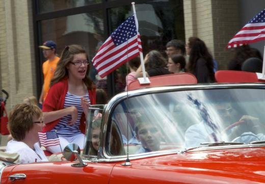 4th Fest Parade of Heroes Honors Everyday Acts of Courage