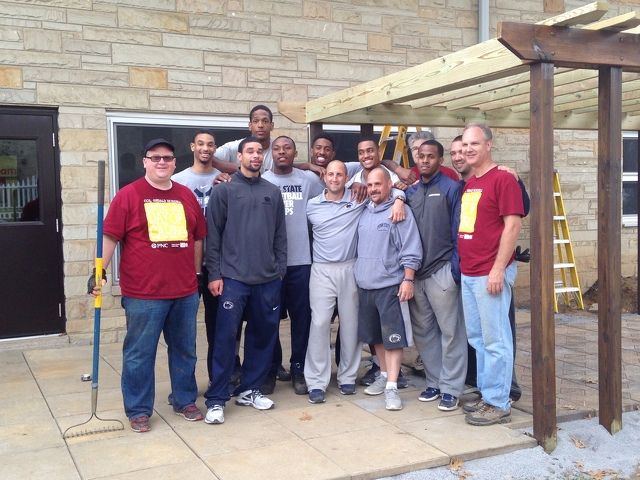 Penn State Athletics: Nittany Lions Take Part In Day Of Caring