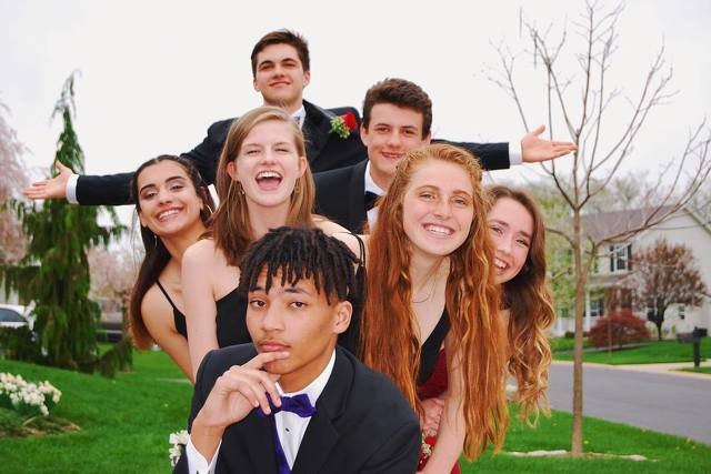 Prom and the Positive Effects of Dressing Well
