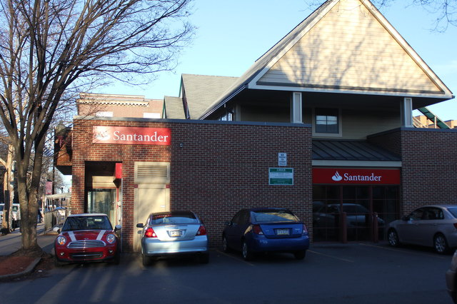 First Commonwealth to Acquire Santander Bank Locations in State College