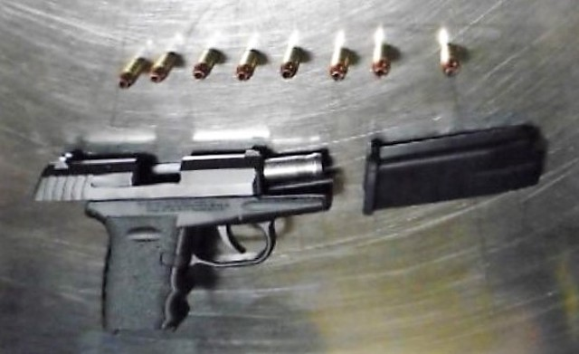 Man Caught with Loaded Gun at University Park Airport