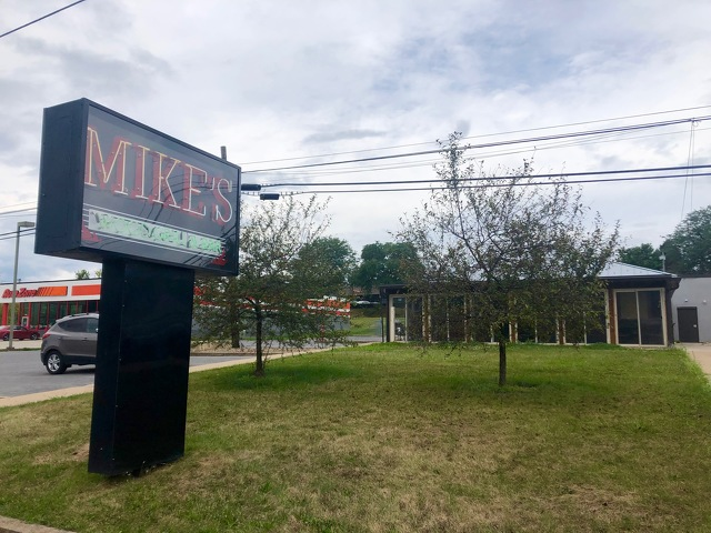 Change from Luna 2 to Mike's Wood Grill and Bar Brings New Features, Old Favorites