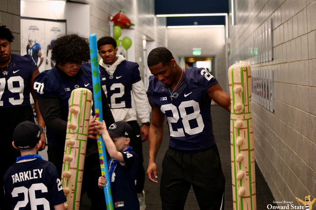 Penn State Football Welcomes Four Diamonds Families During THON
