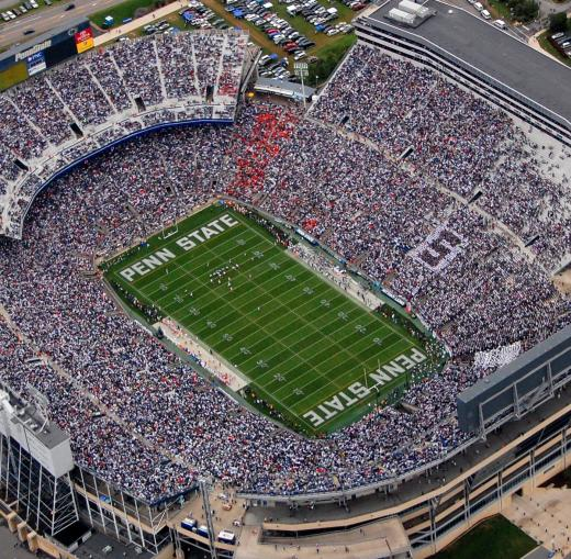 Penn State Details Stadium Parking for Blue-White Weekend