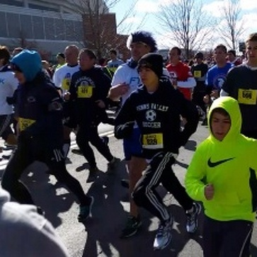 Thousands Compete in Thon 5K Race