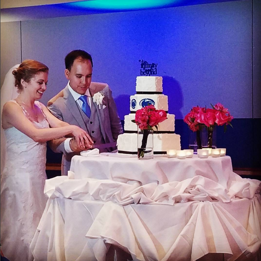 Blue Band Alumni Have Very Blue and White Wedding at Penn Stater