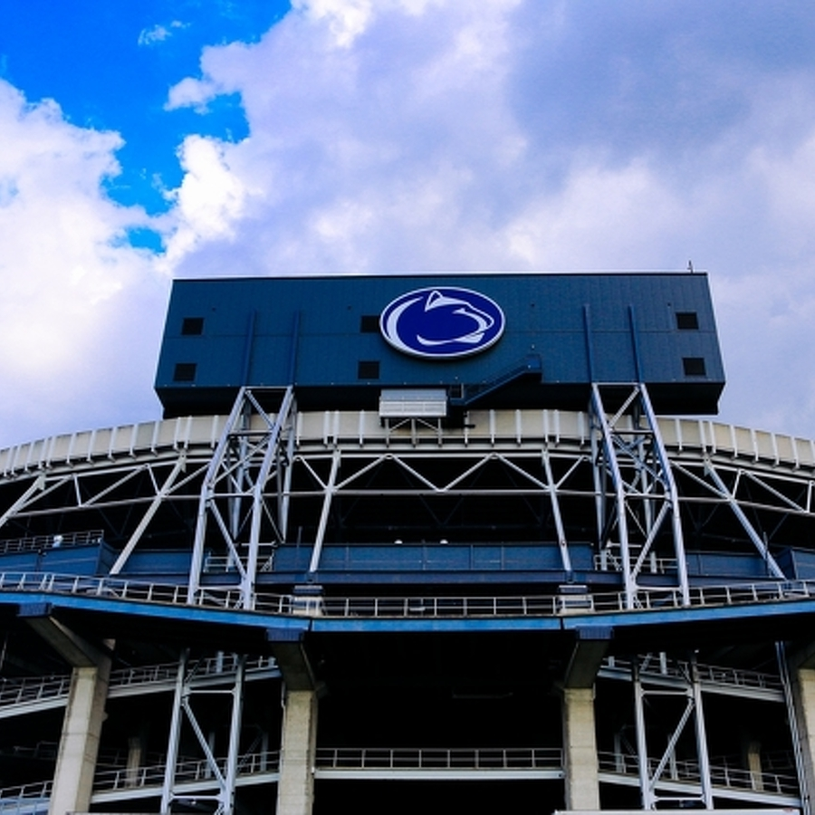 Four-Star 2018 Tackle Bleich De-commits From Penn State