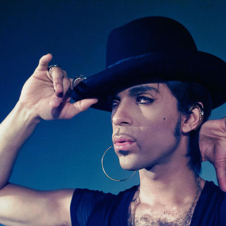 Former Art Director for Prince to Share Photos, Stories of Late Musician