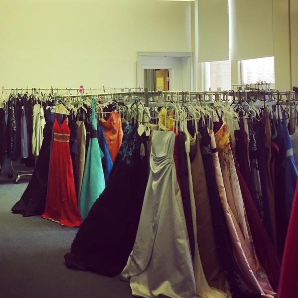 Price Is No Issue at Delta Program Prom Dress Event