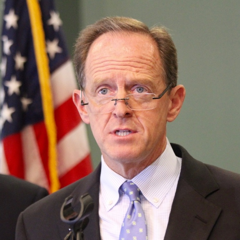 Visiting Centre County, Toomey Touts Bipartisan Bill to Stop Illegal Fentanyl Imports