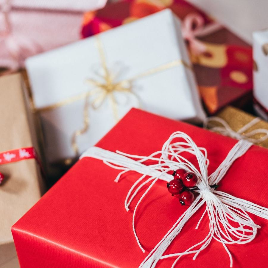 Know Your Options for Financial Gifts and Charitable Giving This Holiday Season