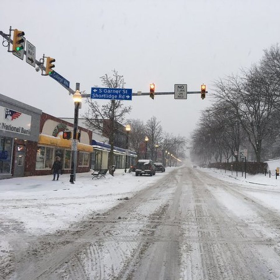 Snow and Ice Lead to Closings and Cancelations