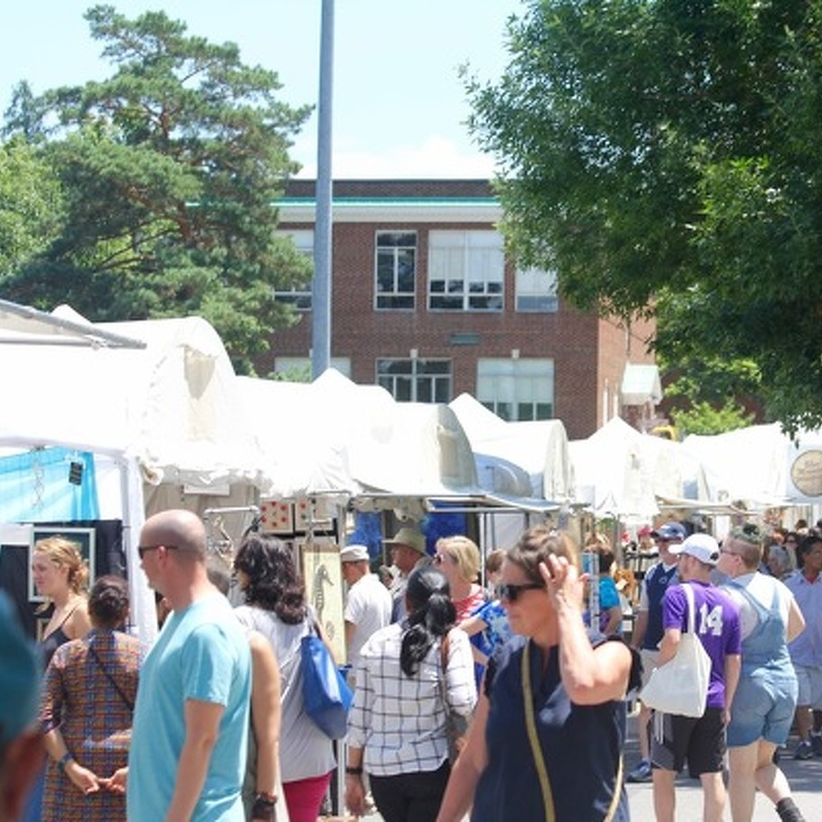 Penn State Researchers Use Mobile Technology to Enhance Arts Fest Community Experience