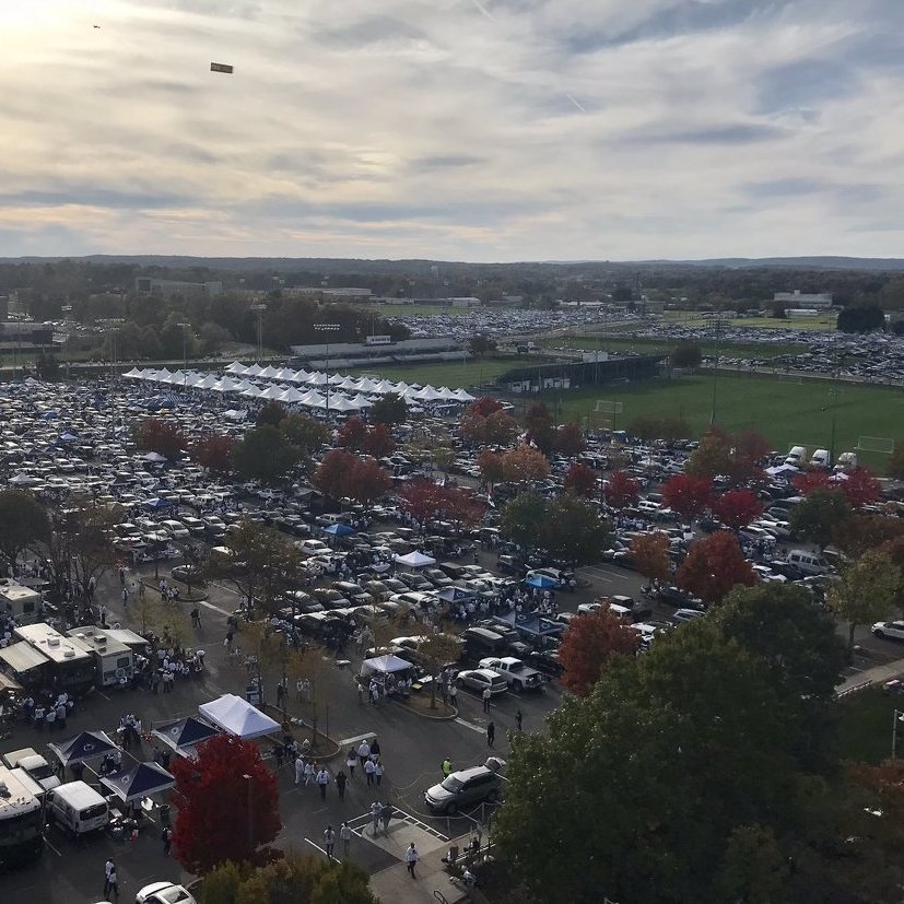 Visitor Reports Being Robbed in Beaver Stadium Tailgate Lot