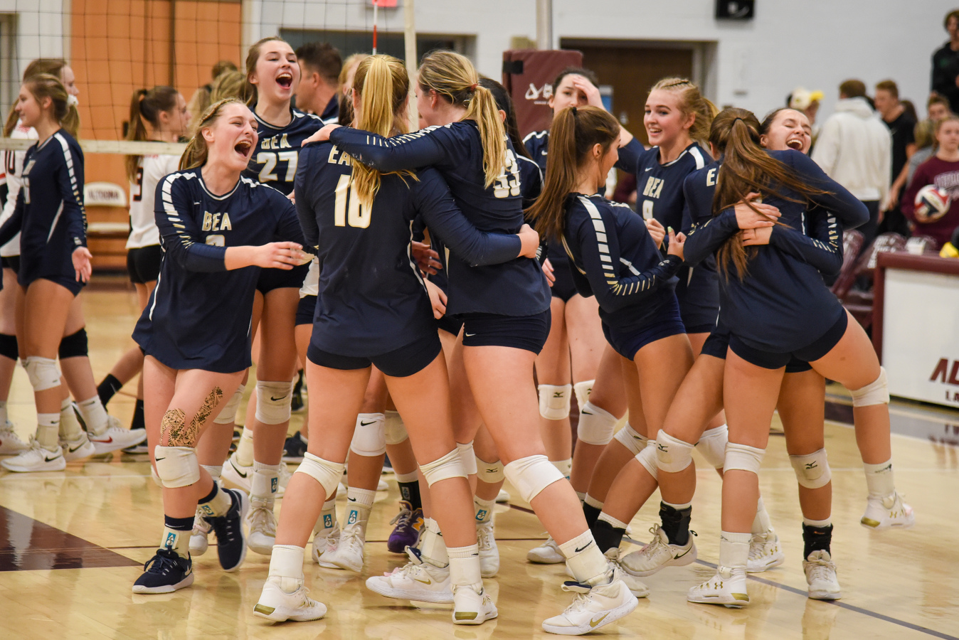 State College Pa Bea State College Girls Volleyball Head To Piaa Quarterfinals