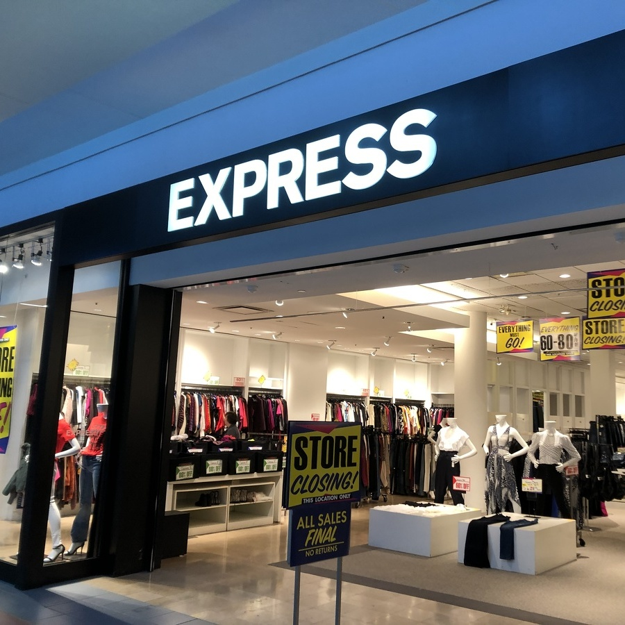 Express Closing Nittany Mall Store