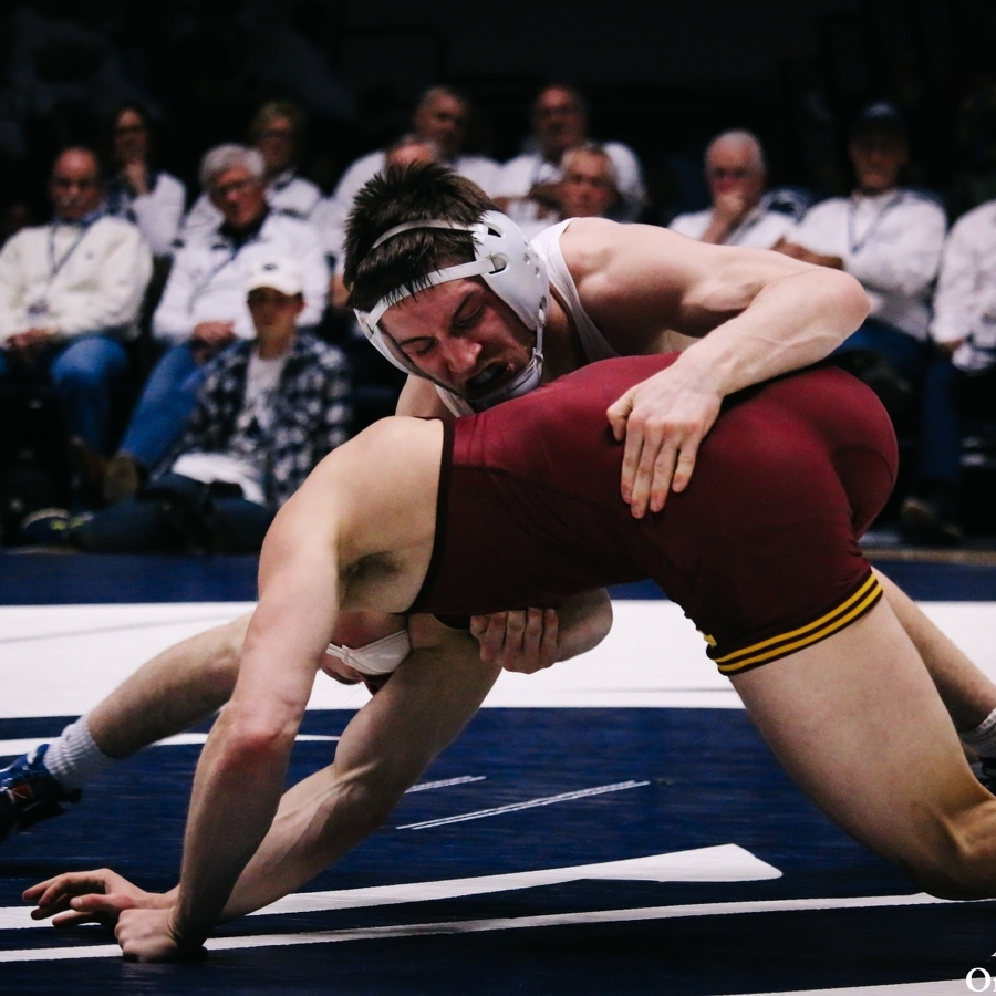 No. 2 Penn State Wrestling Dominates No. 6 Minnesota on the Road